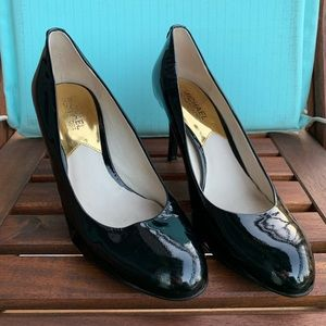 Michael Kors patent leather black heels size 7.5